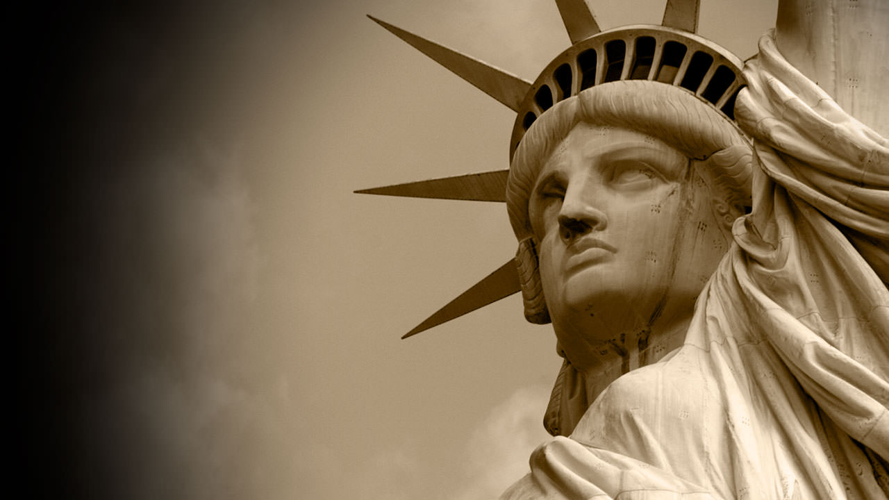 Visions of America section image: Statue of Liberty